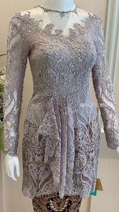 Kebaya Lace, Kebaya Brokat, Kebaya Dress, Batik Fashion, Women's Fashion, Modern Kebaya, Kebaya Muslim, Evening Dresses, Formal Dresses