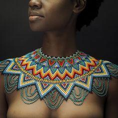 ERES OKAMA NIRVANA Beautiful African Women, African Beauty, Beautiful Black Women, African Necklace, African Jewelry, African Attire, African Wear, African Tribal Girls, Zulu Women