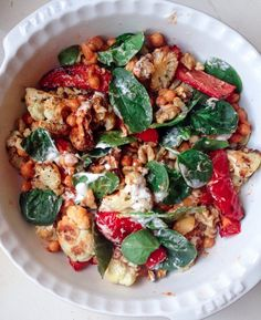 Cauliflower, Roasted Pepper & Chick Pea Salad #Chickpea #garbanzobeans #garbanzos #chickpeas #cook #dinner #vegan #veganrecipes #veganfood #healthylifestyle #healthy #healthyfood #nutrition Salad Recipes Gluten Free, Chickpea Recipes, Pureed Food Recipes, Vegetarian Recipes Easy, Healthy Recipes, Healthy Meals, Baked Halloumi, Cauliflower Roasted, Roasted Garlic