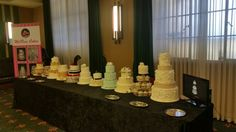 MelRose Cakes stand at Hunter Wedding Grapevine Bridal expo