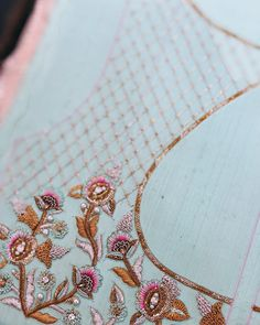 The Latest Trend in Embroidery – Embroidery on Paper - Embroidery Patterns Pearl Embroidery, Hand Work Embroidery, Couture Embroidery, Simple Embroidery, Embroidery Fashion, Paper Embroidery, Embroidery Dress, Kurti Embroidery Design, Embroidery Neck Designs