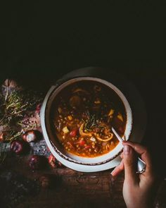 Vegan Vegetarian, Vegetarian Recipes, Chana Masala, Food Inspiration, Chili, Food And Drink, Cooking, Ethnic Recipes, Food Food