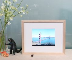 Unlike most commercial frames, this digital picture frame connects to Flickr, allowing you to add and remove photos without a physical storage devic...