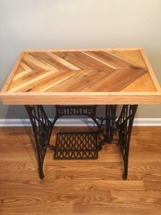 #Industrial, #Pallet, #PalletTable, #Reclaimed We used reclaimed oak pallet with a red oak frame. We finished the top with two coats of epoxy and mounted it on a cast iron Singer sewing machine base. Find more of BrewCrafted creations on ETSY.