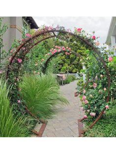 Rose Garden Design, Modern Garden Design, Landscape Design, Garden Design Ideas, Modern Design, French Garden Ideas, Contemporary Garden, Wall Trellis, Obelisk Trellis