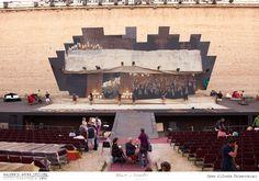 PROVE // LA TRAVIATA // 2012 // Foto Alfredo Tabocchini. Il palcoscenico con gli specchi della scenografia pensata dal Maestro Svoboda nel 1992. #allieviemaestri #traviata #altrochelopera www.sferisterio.it