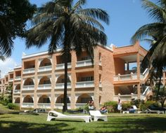 Sun n Sand Beach Resort Sands Resort, Tropical Gardens, Mombasa, Pool Bar, Recreational Activities, International Style, North Coast, Beach Resorts, Palm Trees