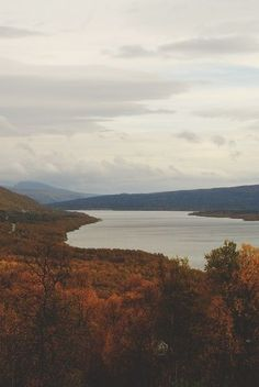 The view with the autumn colors is breathtaking!