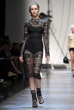 Dolce & Gabbana //Learn how to hand render lace: http://www.universityoffashion.com/lessons/rendering-lace/