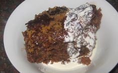 Gebackener Pudding in 1 Rezept aus Rencia) poeding My Recipes, Salad Recipes, Cooking Recipes, Kos, South African Recipes, Ethnic Recipes, Malva Pudding, Country Cooking, Just Desserts