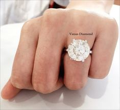 Round diamond Ring 10.30 carat/kcolor/vs1