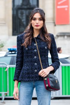 Street style: 40 on-trend Chanel looks spotted at Fashion Week - Street style: 32 on-trend Chanel looks spotted at Fashion Week Source by ToriMcphe - La Fashion Week, Fashion Moda, Petite Fashion, Look Fashion, Fashion Outfits, Female Fashion, Curvy Fashion, Fashion Bloggers, Fashion Trends