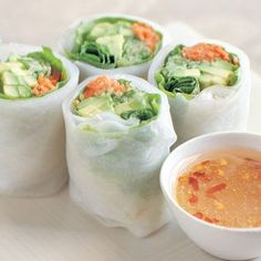 Avocado and cucumber summer rolls, ate so many of these during volleyball season.. Great lunch #raw #organic #wholefood