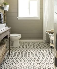 Looking for a small bathroom remodel ideas? Don't worry, we show some of our favorite small bathroom remodel ideas that really work. Get ready to have a small bathroom that looks twice bigger than its original size with Woodoes team! Modern Farmhouse Bathroom, Cottage Farmhouse, Cozy Cottage, Farmhouse Style, Farmhouse Design, Cottage Style, Farmhouse Ideas, Craftsman Bathroom, Farmhouse Decor