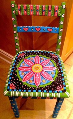 Home Decorating Ideas Vintage old chairs decorate old furniture spice upcycling ideas diy ideas decoration ideas alte stuehle dekorieren alte moebel aufpeppen upcycling ideen diy ideen deko ide … Home Decorating Ideas Vintage Hand Painted Chairs, Whimsical Painted Furniture, Hand Painted Furniture, Funky Furniture, Colorful Furniture, Paint Furniture, Repurposed Furniture, Furniture Projects, Furniture Makeover