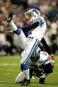 Detroit Lions place-kicker Jason Hanson retired today after after 21 seasons