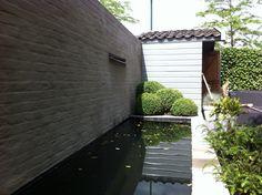 Sfeerbeeld van een pergola tegen de schuur t u i n pinterest tuin en pergola 39 s - Smeedijzeren pergola voor terras ...