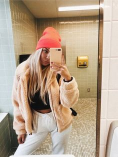 Lazy Day Outfits, Cute Comfy Outfits, Sporty Outfits, College Outfits, Stylish Outfits, Summer Outfits, Fashion Outfits, Girly Outfits, Jean Outfits