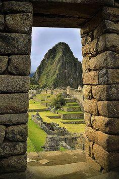 Machu Picchu and Huayna Picchu, Urubamba, Peru.