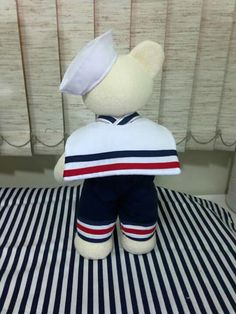 Urso marinheiro Bears, Cleaning, Sailors, Baby Boy Shower, Sewing Ideas, Boy Toddler Bedroom, Pintura, Home Cleaning, Bear