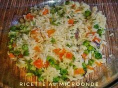 Riso alla cantonese al microonde (prima della cottura) Microwave Recipes, Micro Onde, Mozzarella, Baked Potato, Quiche, Risotto, Crisp, Grains, Breakfast