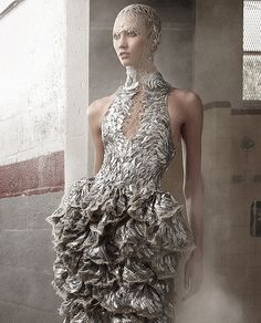 Karlie Kloss wears Alexander McQueen in 'Country Strong' ph Annie Leibovitz for Vogue US June 2012