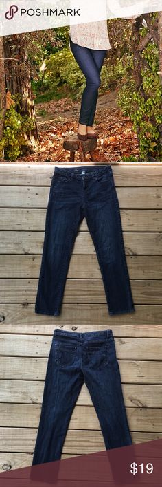 """Lauren Conrad Dark Wash Skinny Jeans ✨ Excellent used condition! Waist in the front is 15"""". Inseam is 27"""". Offers are welcome. ☺️ LC Lauren Conrad Jeans Skinny"""