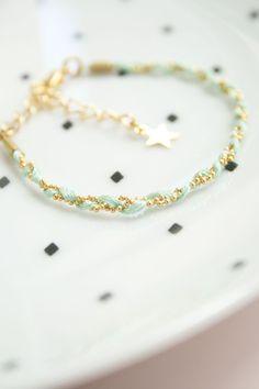 Bracelets & manchettes dorés, Bracelet Dotte est une création orginale de TheBlossomBohemian sur DaWanda