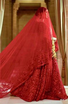 Bollywood Actress Wedding Dresses: From Kajol to Madhuri From vintage wedding dress of Amrita Singh to the most recent bridal lehenga of Priyanka Chopra, here are the most iconic Bollywood actress wedding dresses to remember. Indian Bridal Outfits, Indian Bridal Fashion, Indian Dresses, Bridal Dresses, Saris, Sabyasachi Lehenga Bridal, Bridal Red Lehenga, Pakistani Bridal, Priyanka Chopra Wedding