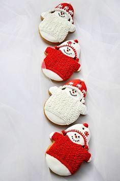 #Christmas #cookies ToniK ℬe Meℜℜy red white snowmen