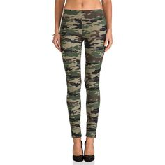 Plush Camo Print Legging ($86) ❤ liked on Polyvore featuring pants, leggings, bottoms, jeans, tights & leggings, camo leggings, stretch waist pants, camouflage leggings, camo print leggings and camo trousers