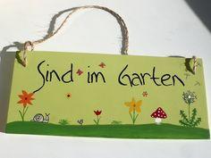 Sind im Garten Holz-Schild für den Garten  von Herzerquicklich auf DaWanda.com