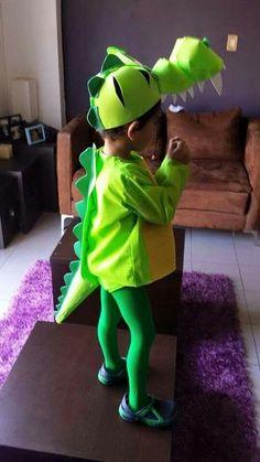 Crocodile costume Disfraz de cocodrilo DIY