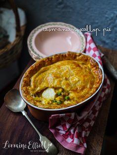 Tasmanian Scallop Pie @ Not Quite Nigella Seafood Curry Recipe, Curry Recipes, Fish Recipes, Seafood Recipes, Scallop Pie Recipe, Scallop Recipes, Butter Pastry, Individual Pies, Fish Pie