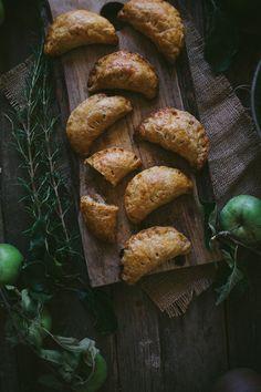 apple rosemary hand pies | designlovefest
