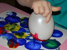 painting with a balloon (why have i never thought of this?!)