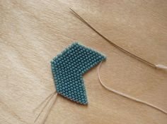 Excellent photo tutorial on how to make the Brick Stitch  #handmade #jewelry #beading