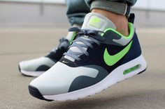 buy popular 602e5 a8bd8 Nike Air Max Tavas