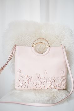 3cd29a6a28 LC Lauren Conrad Flower Convertible Crossbody Bag