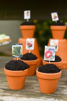 Easy Garden Cupcakes Tutorial   Tikkido