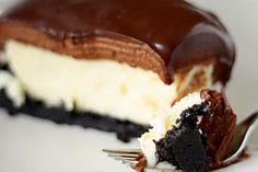 Cheesecake com Mousse de Chocolate e Cobertura de Ganache