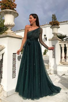 Swans Style is the top online fashion store for women. Shop sexy club dresses, jeans, shoes, bodysuits, skirts and more. Dressy Dresses, Dresses For Teens, Elegant Dresses, Strapless Dress Formal, Dresses Online, Ball Dresses, Prom Dresses, Wedding Dresses, Pageant Gowns