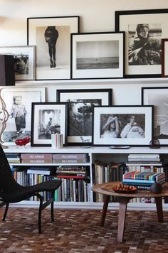 Black and white gallery wall and loads of books, love!