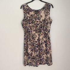 Apostrophe Dress Apostrophe Printed Dress. Size Large. Worn once. Elastic waist. Looks great alone or with a belt. 95% Polyester, 5% Spandex Apostrophe Dresses Mini