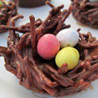 Just added my InLinkz link here: http://www.crazyforcrust.com/2014/04/120-fun-easter-desserts/