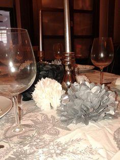 Mesa para fiesta,en blanco,plata y negro.