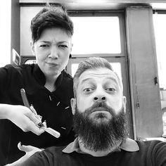 Operazione Barba e Capelli eseguita ad arte @sara_95li . #hairfxpontedera #beardlover #mustache #beardedman #hipster #hipsterstyle #hairstyle #haircut #barbershop #barberia #pontedera