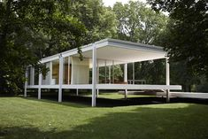 While the home sits five feet and three inches above ground, the home continues to experience devastating floods. The planned flood mitigation solution involves raising the house via a hydraulic lift system when needed. #dwell #miesvanderrohe #farnsworthhouse