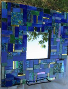 Blue #Mirror         #mosaic Mirror Mosaic, Mosaic Wall, Mosaic Glass, Mosaic Tiles, Glass Art, Stained Glass Birds, Stained Glass Panels, Fused Glass, Mosaic Crafts