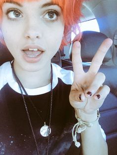 """""""hi, I'm nia. I'm in hey violet, and im single. I have a twin sister and I like drums more than anyone"""""""